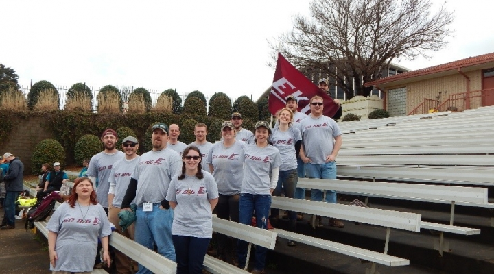 EKU Red Barn Garden students and staff